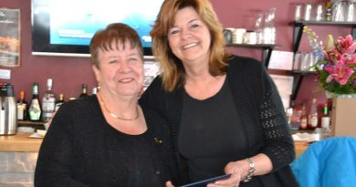 Local volunteer receives medal from Governor General