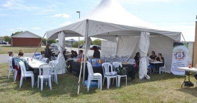 CSN Union holds barbeque