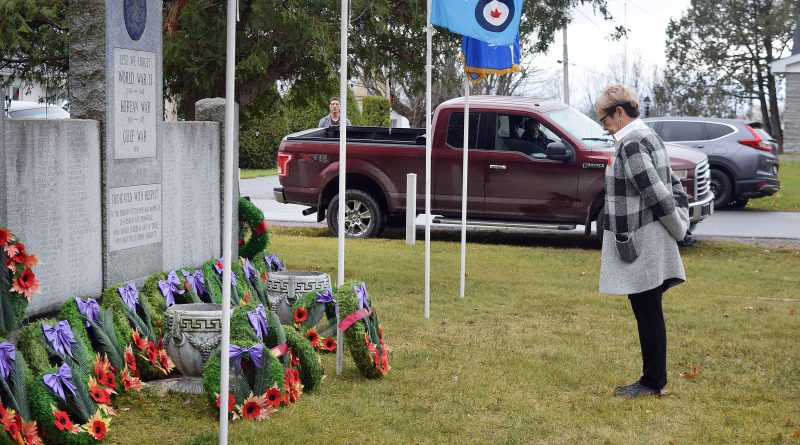 Shawville residents gather in remembrance