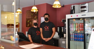 New restaurateurs open two Pontiac eateries