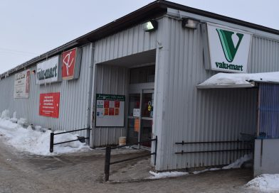 Valu-mart employee tests positive, Outaouais region shifts into the orange zone