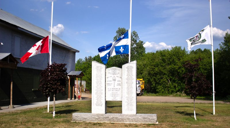 flags fly at half-mast in Municipality of Litchfield